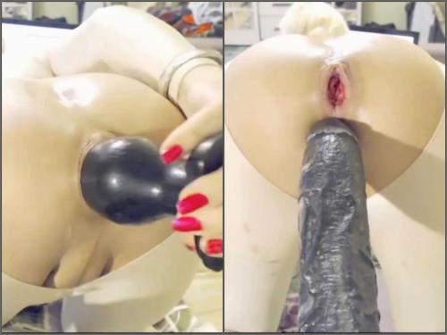 Webcam – Webcam shemale monster dildos penetration closeup in doggy pose