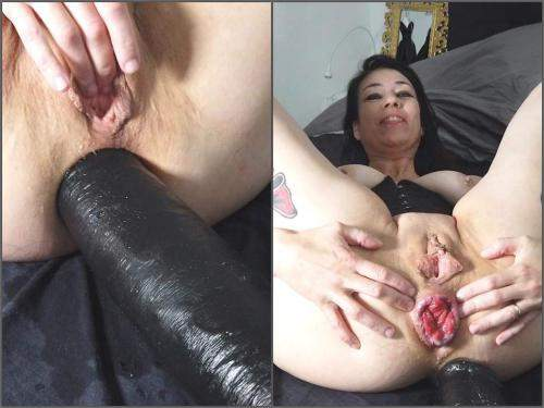 MILF – Adeline Lafouine ass stretching with huge dildo – Premium user Request