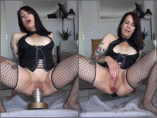 Dildo anal – Adeline Lafouine giant metal dildo destroys my ass – Premium user Request