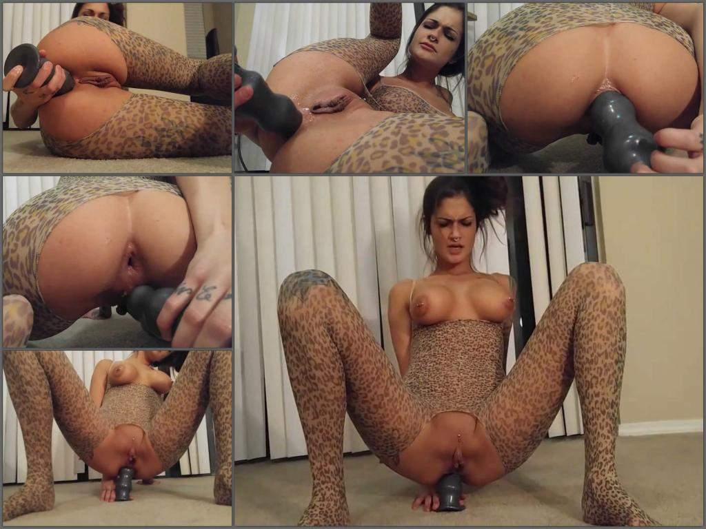 brunette anal,dildo sex,dildo anal penetration,piercing nipples,nipples porn,large labia girl,spandex fetish,little anal gape