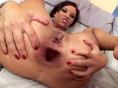 Anal insertion – Extreme gangband and Alysa stretched monster gape
