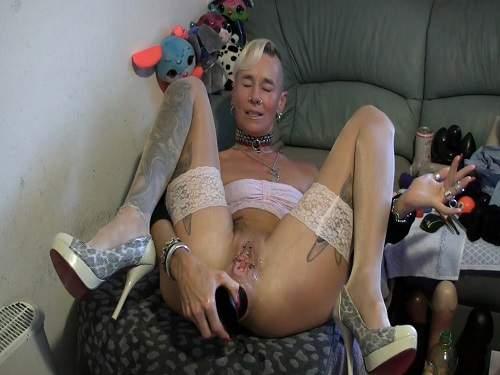 Gaping anal – Plug anal hard fuck – skinny Isabella webcam show