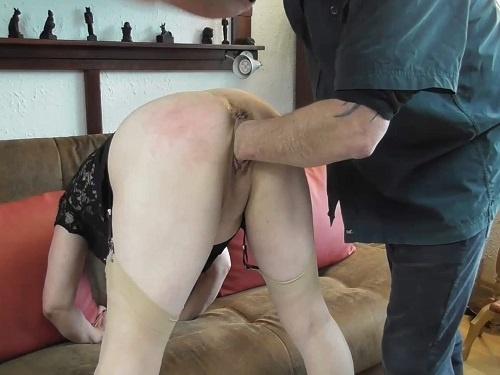 Amateur granny – Piercing nipples granny enjoy rough fisting from husband