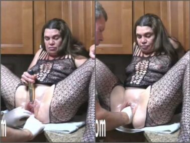 Couple fisting - Kinky MILF Hottabbycat enjoy double penetration sex from husband