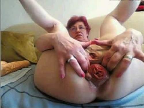 Anal insertion – Webcam depraved granny falls colossal prolapse asshole