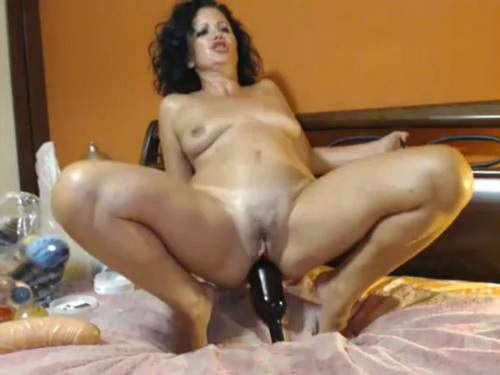 Vegetable anal – Curly mature wine bottle rides and loose her ass