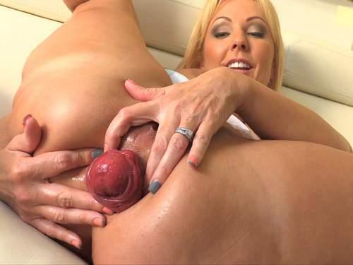 Naughty Alysha – Huge anal prolapse loose mature with huge tits