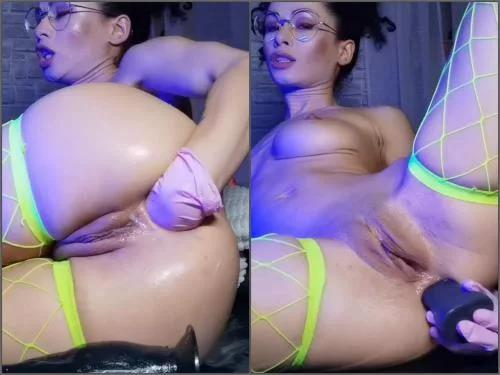 Russian girl – Russian Stacy Bloom rough fisting and long Snake dildo sex – SBS060